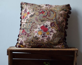 "Decorative pillow cover 18 x 18"" with wooden trims"