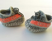 Crochet baby yeezy booties, Yeezy boost 350 shoes, Grey baby shoes, Grey yeezy slippers, Yeezy sply 350