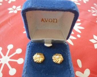 Avon Golden Pinwheel Earrings with faux pearl