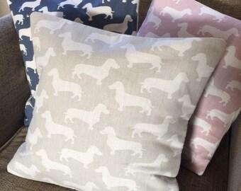 "Handmade cushion cover - Dachshund/Sausage Dog/Weiner Dog print - 40cm x 40 cm (16"" x 16"")"