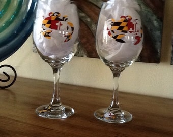 Set of Two Maryland flag/crab motif tall white wine glasses