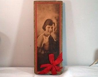 Vintage 1920's Schrafft's Chocolate Box, Flapper Girl