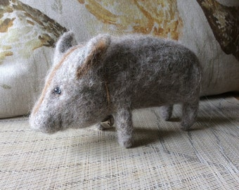 Needlefelted natural wool Boar