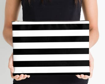 Black and White Stripe Nappy Pouch, Nappy Pouch, Nappy Wallet, Diaper Case, Toiletry Bag, Nappy Clutch, Baby Change Wallet, Nappy Bag,