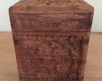Vintage Wooden Carved Playing Card Holder Made in India Card Box Card Table Decor Dresser Decor Poker Table Decor