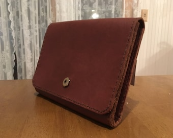 Full grain leather crossbody purse -- English Chestnut with antique brass