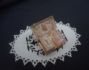 Luxury gift set Perfume & bathfoam. 1/12 scale