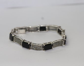 Beautiful 925 Sterling Silver black stones Marcasite Bracelet