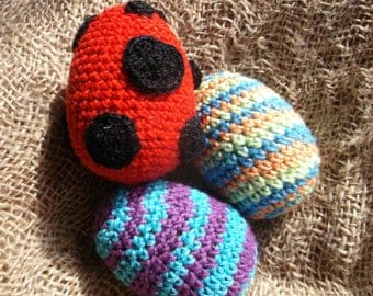 Summer Sale! Set of 3 colorful crocheted eggs, baby gift rattle toy, three sounds, gift for baby, sensory toy, kitchen decor, ready to ship
