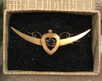 Exceptional Antique Victorian 15ct Yellow Gold CRESCENT MOON Sweetheart Brooch-Central HEART-Beautiful Deep Blue Sapphire-Stamped 15ct Gold