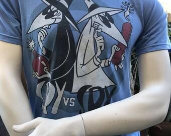 Spy vs Spy Comic Vintage Tee-Shirt/ 100% Cotton Tee/ Blue T-Shirt Size