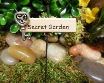 Miniature Fairy Sign, Tiny Wood Sign, Secret Garden Sign, Little Signs for Terrarium, Fairy Garden, Fairy House, Miniature Gardens