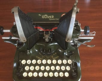 Antique Oliver # 9 Manual  Typewriter