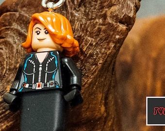 Black Widow Lego keychain USB stick (SanDisk)