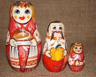 Handmade nesting doll Wooden matryoshka Nesting doll Russian matryoshka Babushka Wooden nesting dolls Stacking dolls Handmade gifts