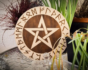 Altar pentacle Pentagram and Elder Futhark