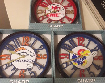 CUSTOMIZED CLOCKS