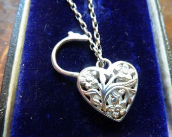 vintage english padlock filigree heart charm / articulated / vintage silver charm / solid silver / sterling silver charm / fretwork padlock