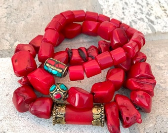 Set bracelets of red coral and Tibetan brass beads