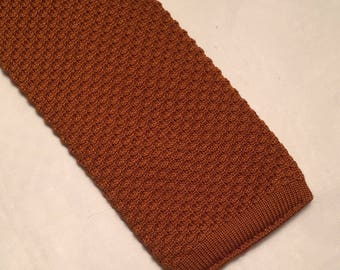Vintage burnt orange knitted square end tie