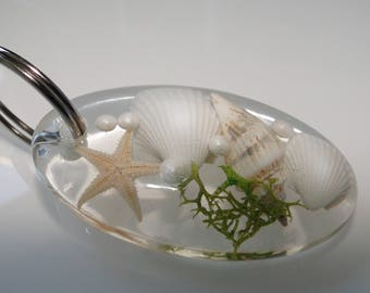 Handmade Keychain with starfish, shells and MOSS