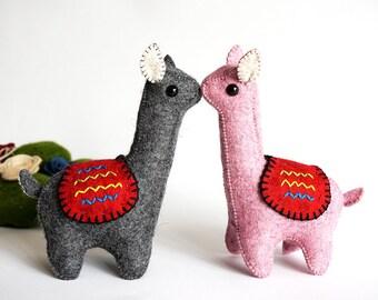 Llama Couple - Llama Kit Love - Llama Toys - Llama Wool Felt - Llamas Pink and Grey - Llamas in Love