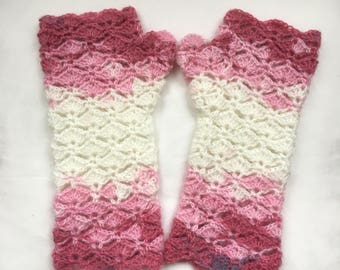 Scallop Shell Gloves   Arm Warmers Nougat