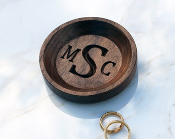 Monogram Jewelry Dish - Personalized ring dish, Bridesmaid Gift, Personalized Gift