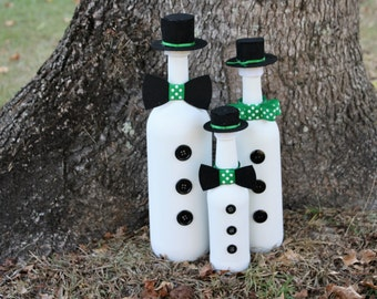 Snowman/Snowman Family/Frosty the Snowman/Christmas Decoration/Winter Decoration/Holiday Decoration/Upcycled Bottles/Recycled Bottles