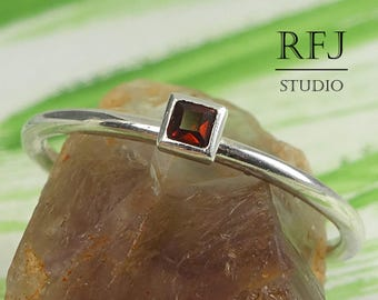 Square Real Garnet Sterling Silver Ring, Princess Cut 2x2 mm Red Garnet Promise Ring Square Setting Classic Engagement Ring January Jewelry