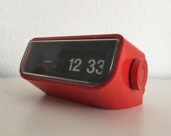 Copal flipover clock super seventies flipflop space age klok retro klokje rood vintage red