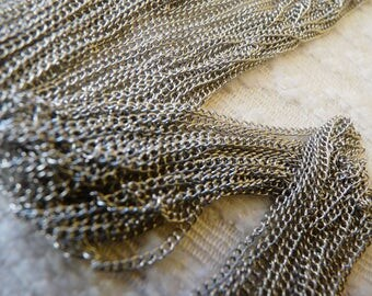 Necklace Chain, Silver Tone Curb Chain, Curb Link Chain, Delicate Silver Tone Iron Curb Chain for Necklaces, DIY jewelry