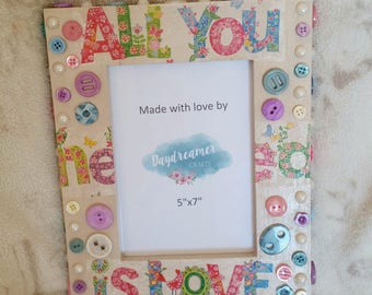 Love and Buttons Photoframe