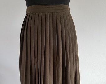 Long pleated skirt | Etsy
