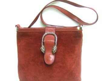 GUCCI Rare Sterling Tiger Clasp Burgundy Suede Shoulder Bag c 1970s