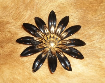 Sarah Coventry Black And Goldtone Enamel Brooch