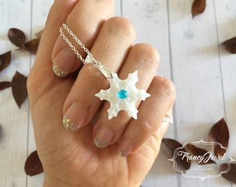 Snowflake necklace, snowflake shaped necklace, silver snowflake charm, winter jewelry, gold plated snowflake jewelry, Christmas gift