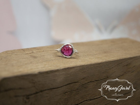 Ruby ring, romantic ring, silver ring, ruby crystal, unique ring, handmade ring, silver, made in Italy, not tarnish jewelry, gift for her