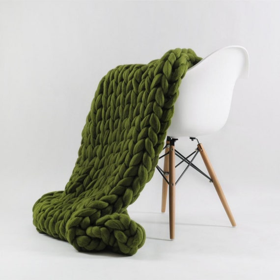 Merino Wool Chunky Knit Blanket (39 by 51 inches)