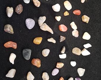 Tumbled Natural Stone >1cm
