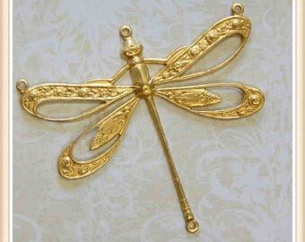 2 pieces raw brass dragonfly stampings, charms embellishments E170