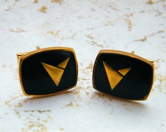 Vintage black and gold mens bullet-back cufflinks with arrow motif