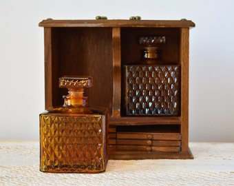 Nautical Mid Century Wooden Box With 2 Amber Glass Decanters & Wooden/Cork Coasters