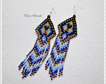 Beaded earrings, seed bead earrings, modern earrings, boho earrings, fringe earrings, beadwork jewelry, tribal earrings