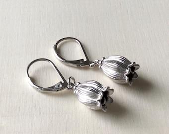 Silver Flower Earrings, matte silver tulip earrings, silver Drop earrings, bell flower earrings, Bridal jewelry, bridesmaid earrings