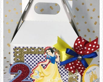 6 Snow White Inspired Treats Boxes