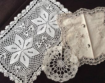 VINTAGE 3 LACE NAPKINS - Beautiful Vintage hand made - Linen and cotton - France Hand made