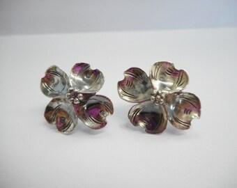 Vintage Screwback Earrings, Sterling Screwback Earrings, Dogwood Screwbacks, Vintage Sterling Silver Dogwood Screwback Stud Earrings #1067