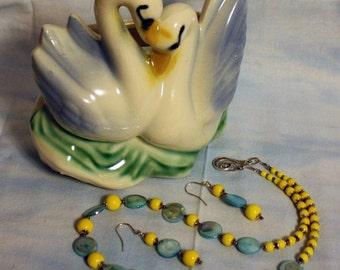 Springtime necklace and earring set
