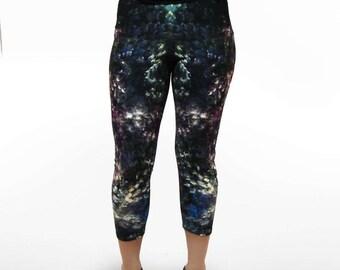 TeTe Capris Leggings, abstract capris leggings, modern design capris leggings, printed leggings, art capris leggings